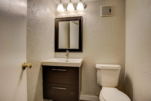 12643+Fairfax+Street_PowderRoom