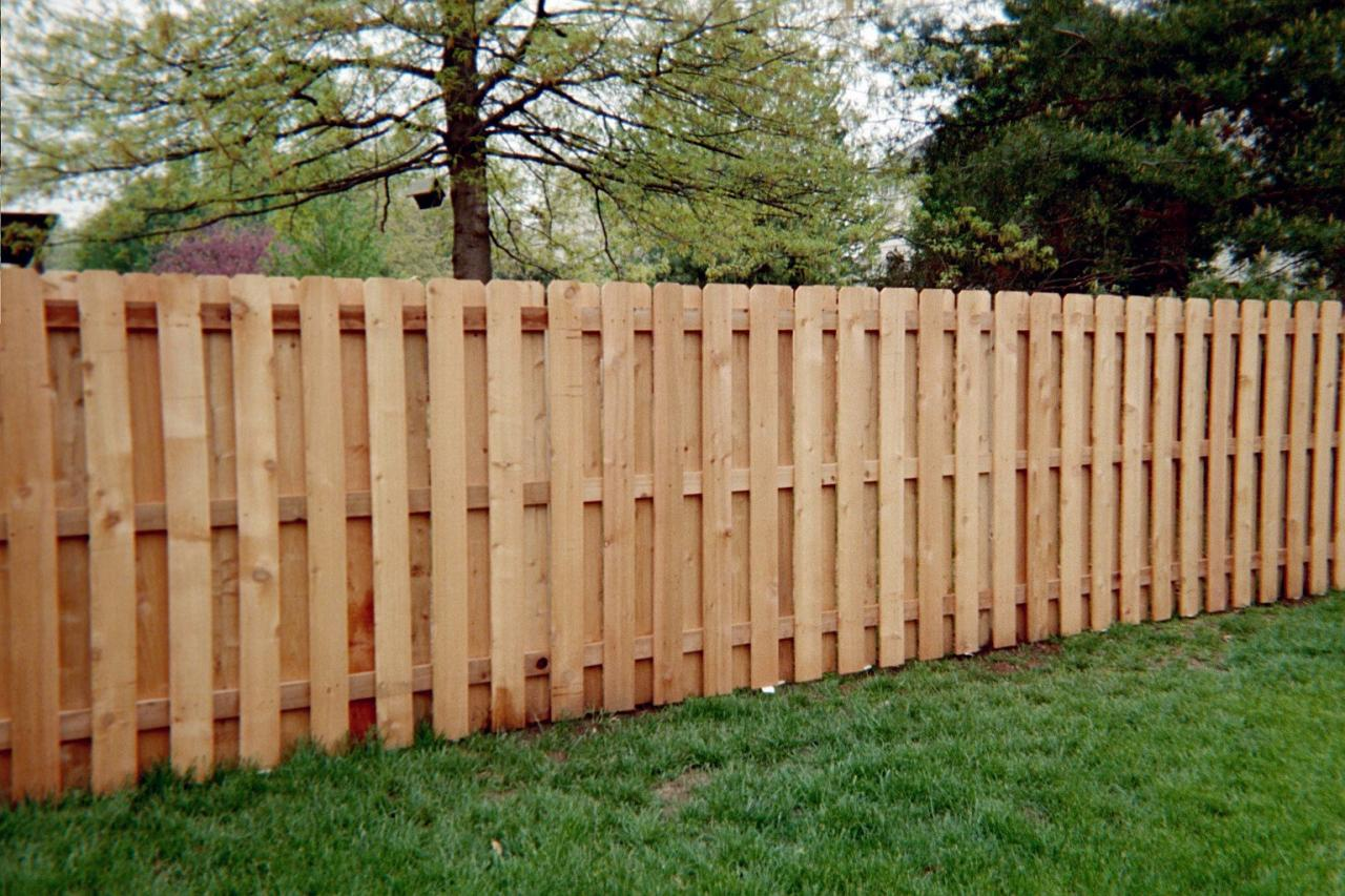 Fencing Dix Titletown Lumber