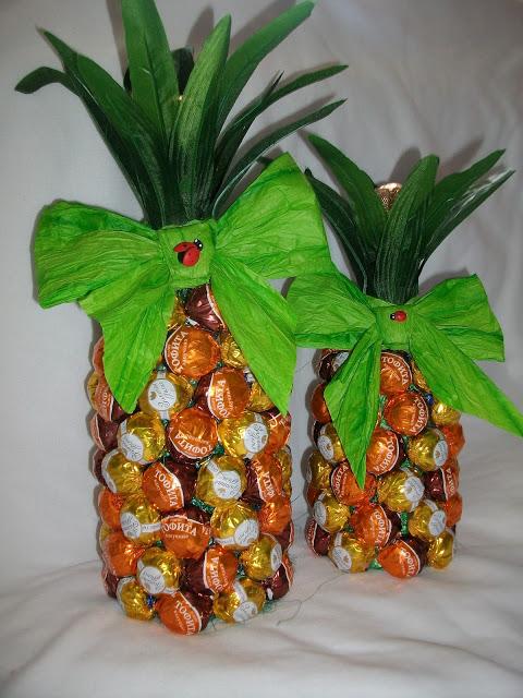 Creative T Wrap Ideas Wine Bottle Looks Like Pineapple