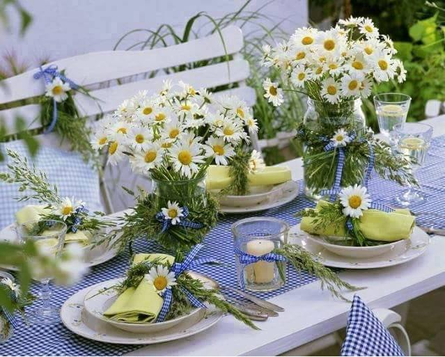 21 Table Decoration Ideas For A Summer Garden Party