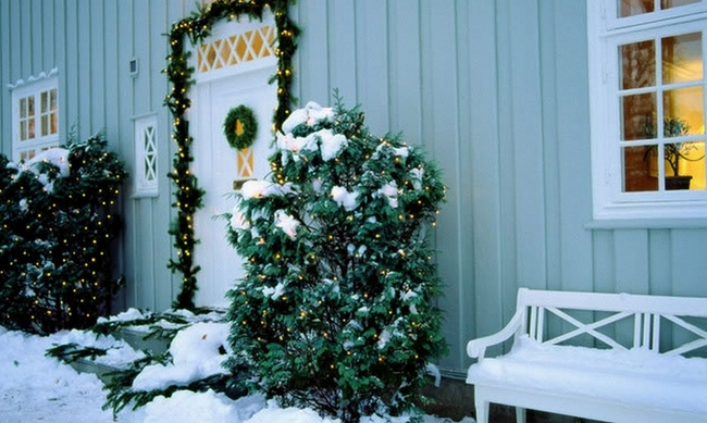 Outdoor Christmas Decoration Ideas 30 Simple Displays