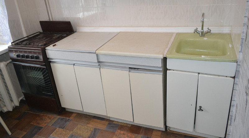 Replacing Kitchen Cupboard Doors