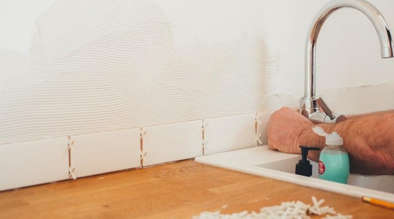 tiling a splashback