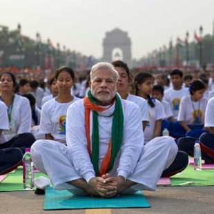 International Day of Yoga celebrated across the world as Prime Minister Modi joins 30000 people in New Delhi