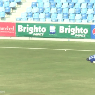 Watch what happens when Liam Thomas looses his prosthetic leg on the cricket field