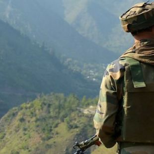 India Bombs Pakistan Army Posts along Kashmir Border