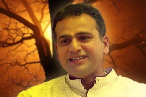 Popular Radio Host Master Deepak Killed in Car Crash