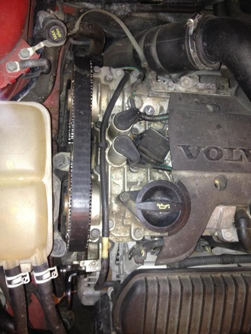 small resolution of next step would be removing the coolant reservoir so you can gain access to side engine mount by wiggling it while pulling up as its not secured by any