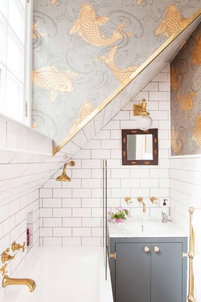 Fish bathroom white gold blue