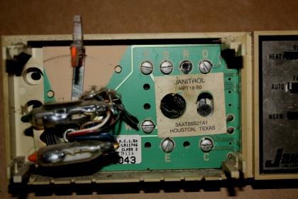 janitrol thermostat wiring diagram john deere 140 lawn tractor replacing heat pump electrical diy chatroom img 8028 jpg