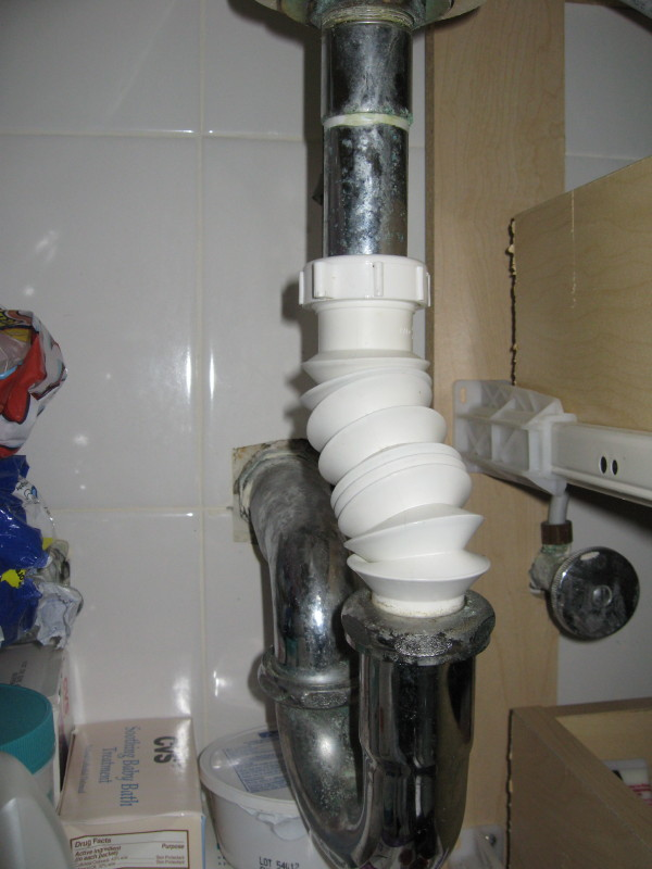 kitchen sink drain stainless steel sinks bathroom pipes - does this look right? plumbing ...