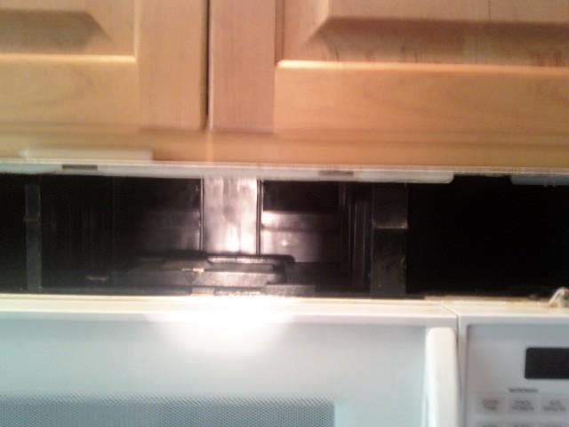 can t remove whirlpool over the range