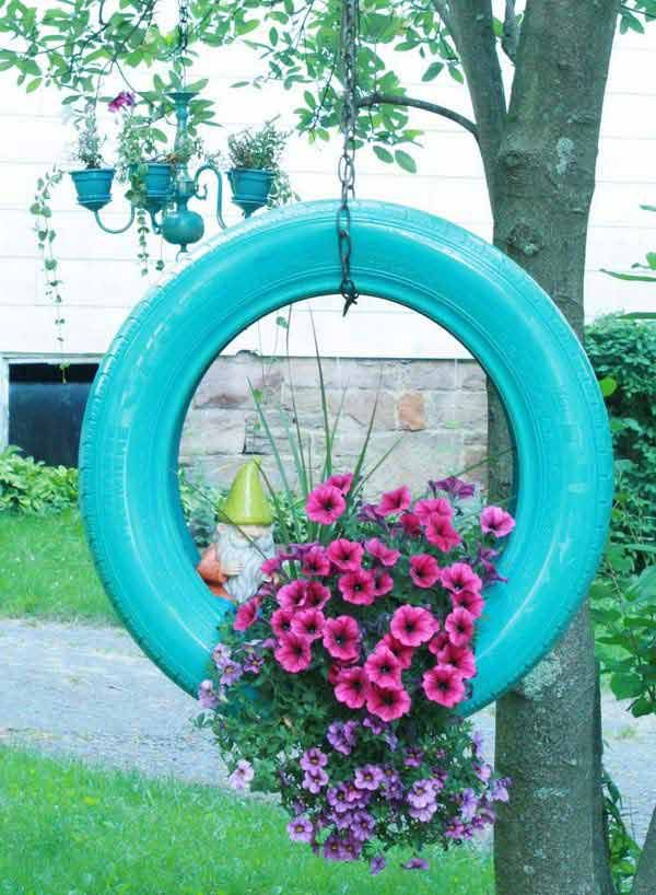Make-DIY-Hanging-Tire-Planter