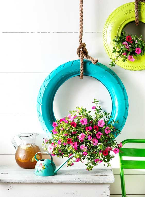 diy-hanging-tire-planter