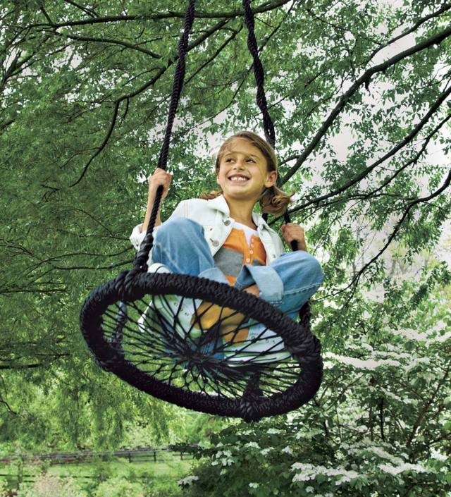 Nested-Tire-DIY-Kids-Swing