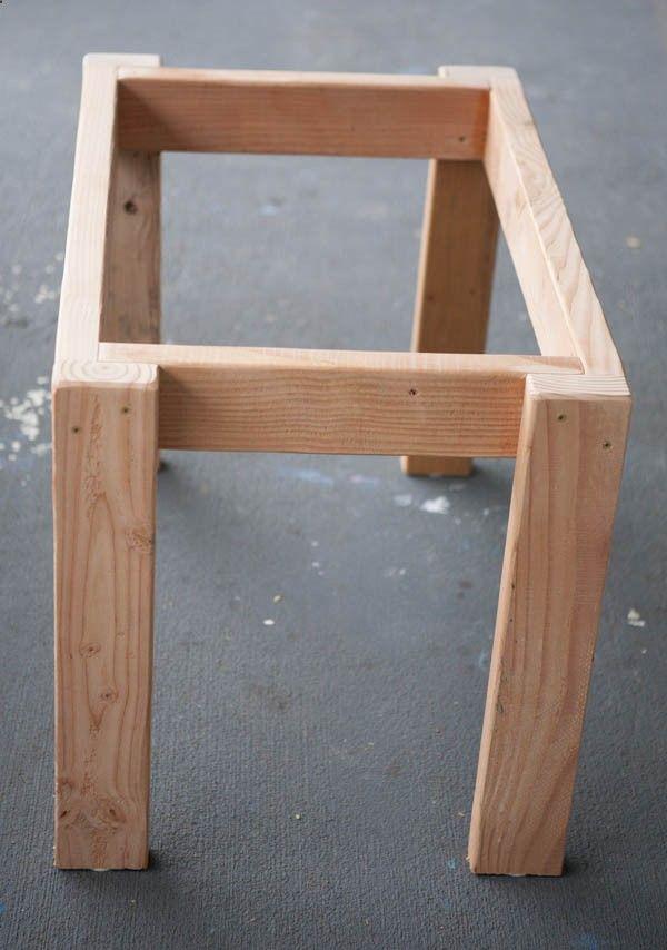 Pallet table legs