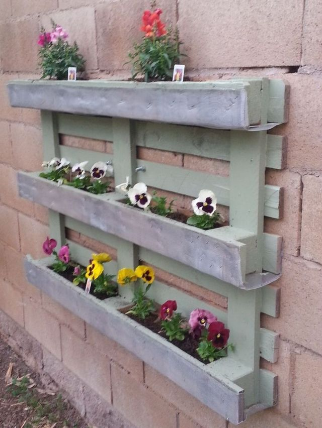 garden planters made from pallets
