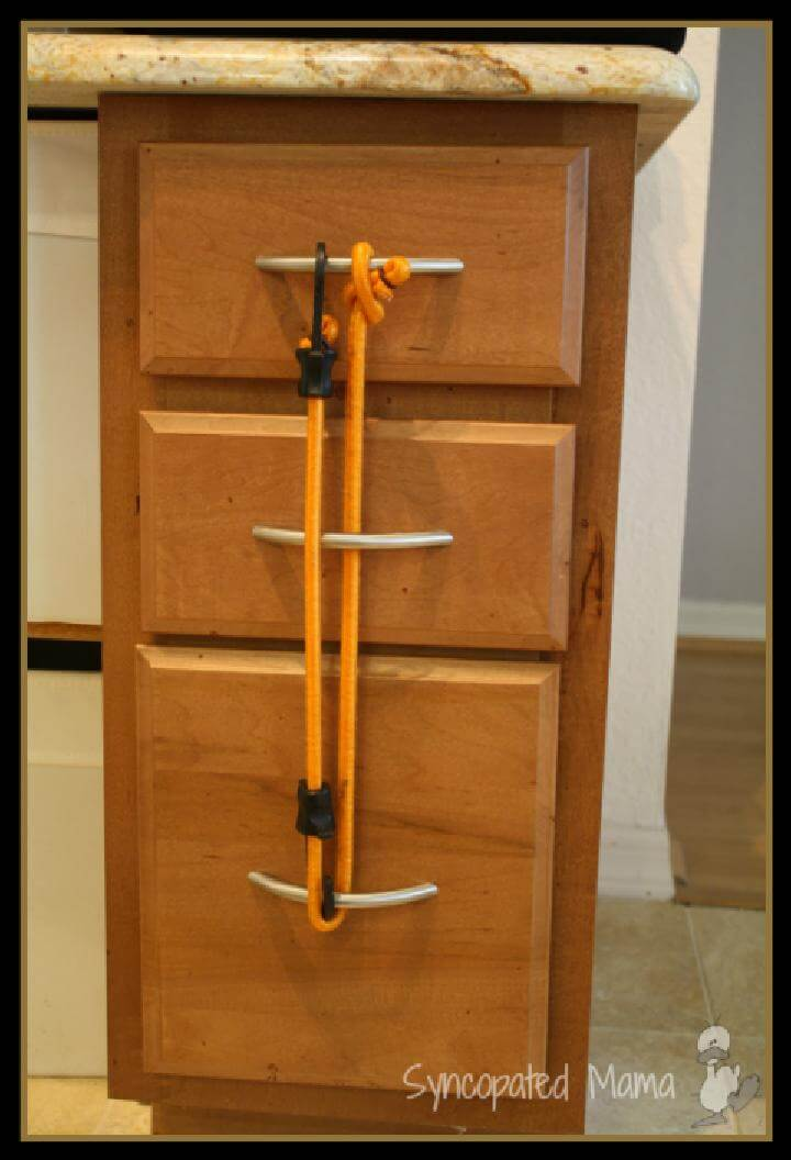 28 Ways To Use Bungee Cords in Your Home  DIY Bungee Cord