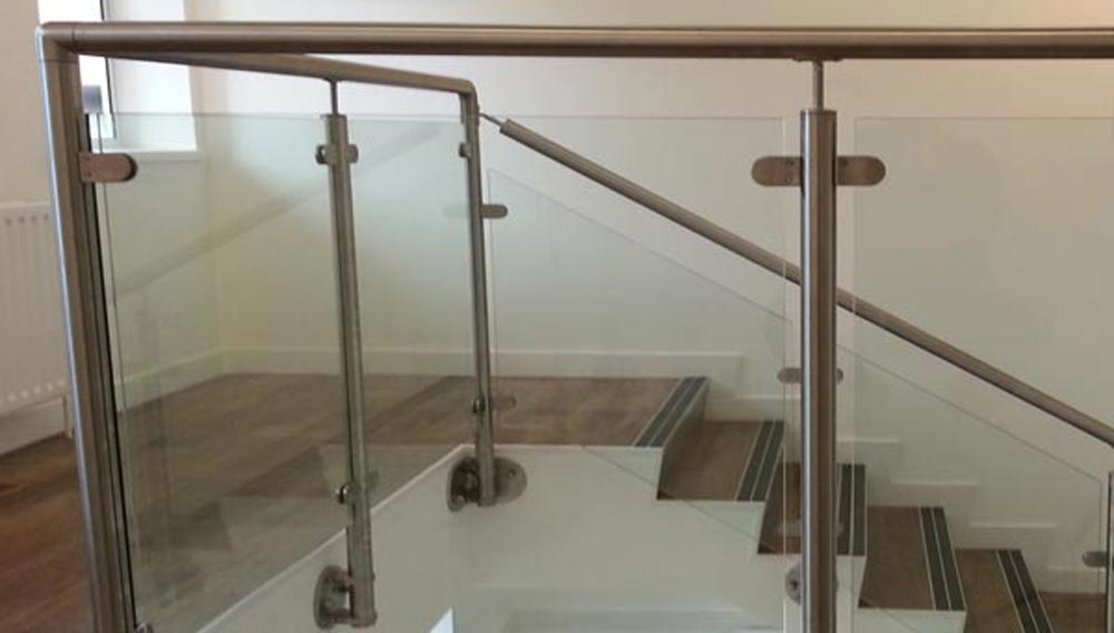 Balustrades And Handrails Including Stair Spindles Diy