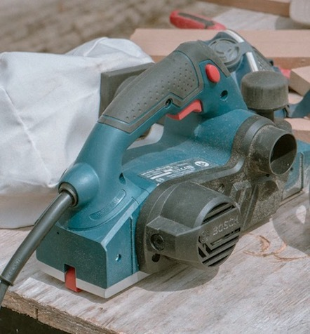 Image of an electric hand planer