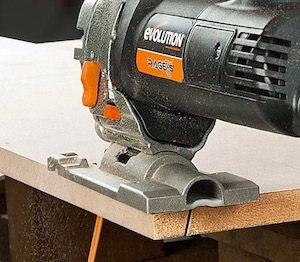 The Evolution RAGE 7-S jigsaw making a bevelled cut