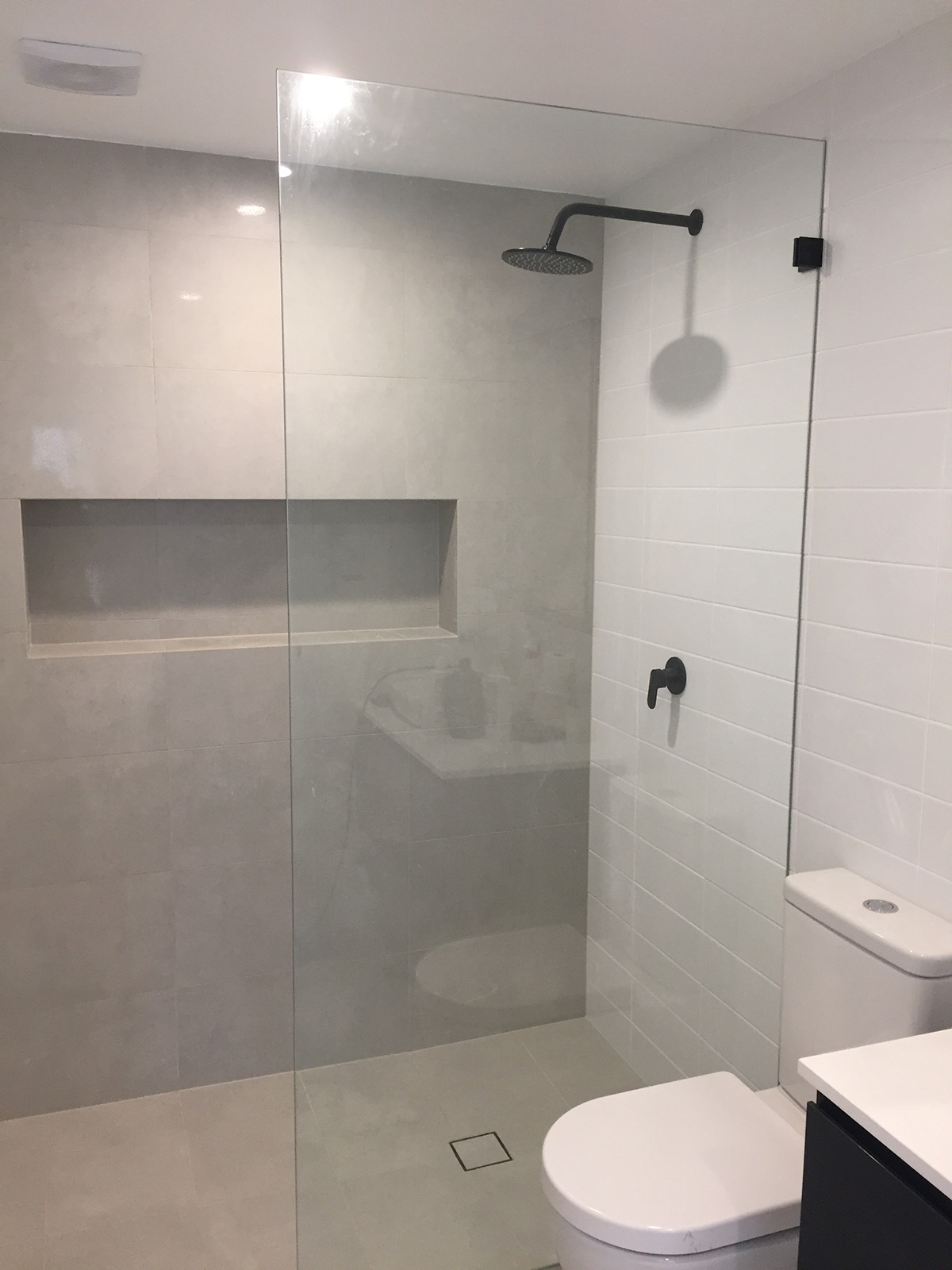 How Shower Screens Can Update Your Bathroom