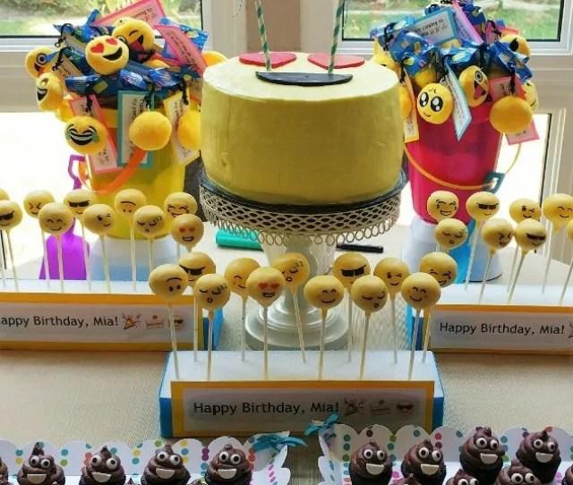 Emoji Birthday Party Dessert Table
