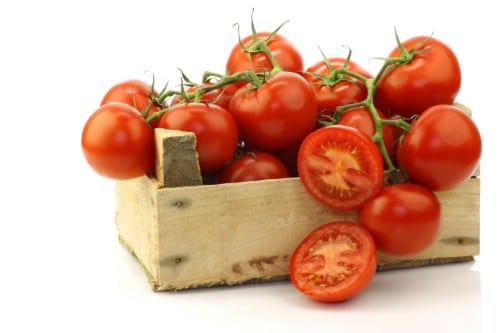 16. Tomatoes - 25 Foods You Can Re-Grow Yourself from Kitchen Scraps