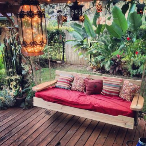 Stand Alone Porch Swing