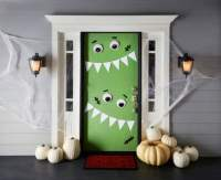 15 DIY Halloween Door Decor Ideas - Style Motivation