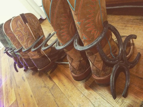 How to Make This Ridiculously Simple DIY Horseshoe Boot Rack  DIY  Crafts