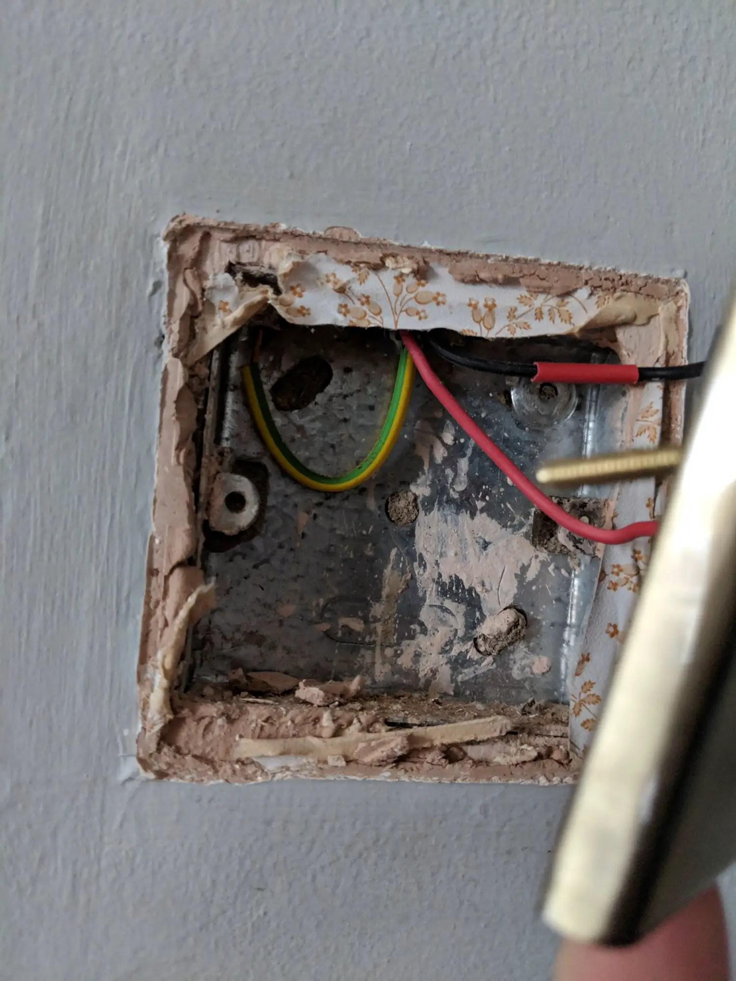 hight resolution of wiring a metal light switch uk wiring diagram page wiring a metal light switch uk