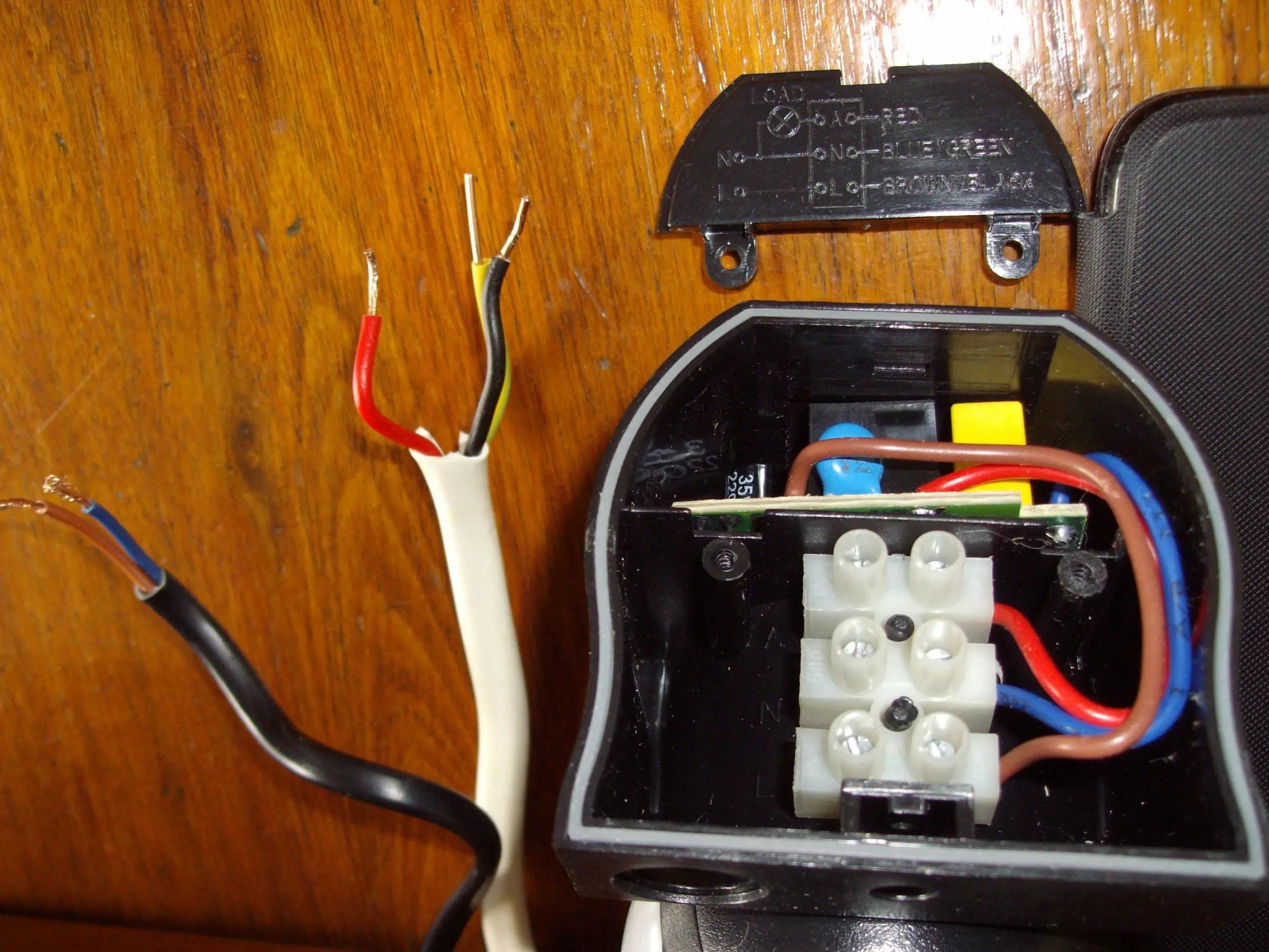 pir switch wiring diagram 2001 dodge ram trailer plug 3 terminal sensor to strobe light and