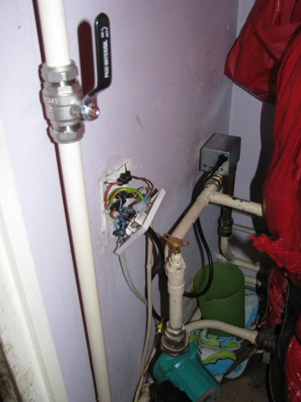 Prong Switch Wiring Diagram Also Honeywell Zone Valve Wiring Diagram