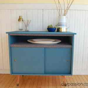 Midcentury Modern Buffet Makeover via diypassion.com