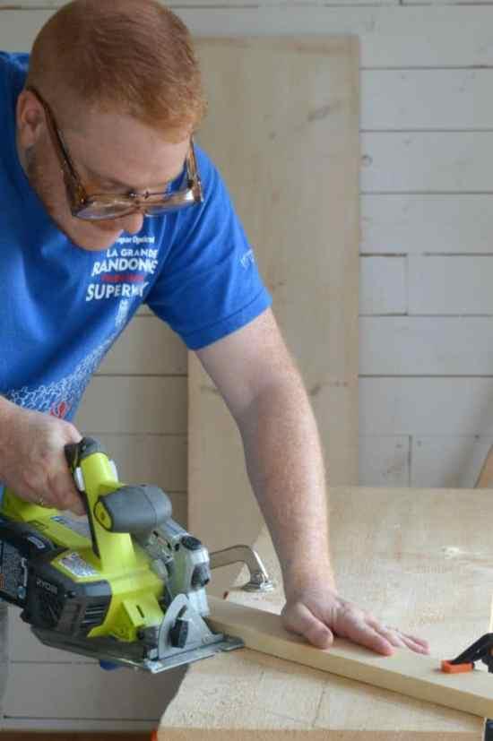 DIY Scrap Wood Sign Using a Circular Saw