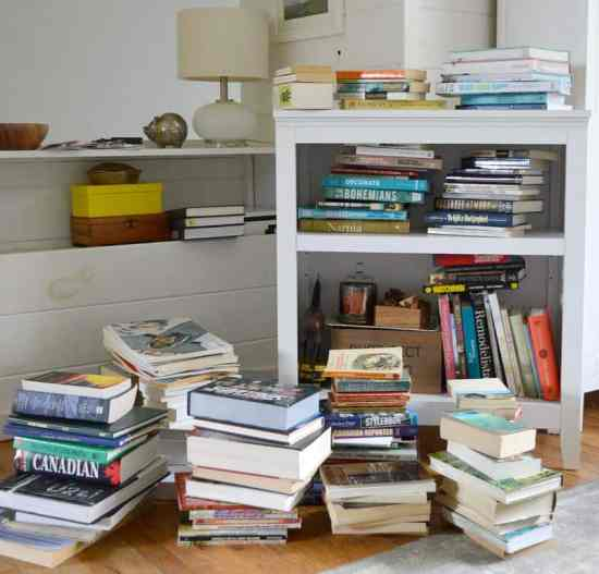 Decluttering Books with KonMari Keep Pile