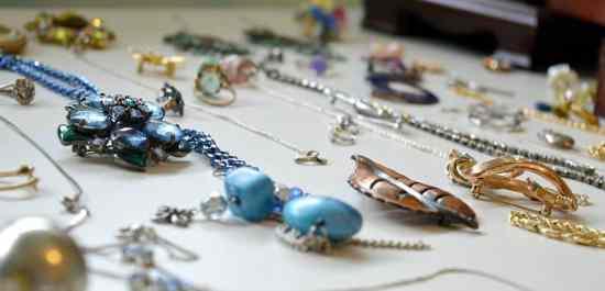 KonMari Jewelry Lay it all out