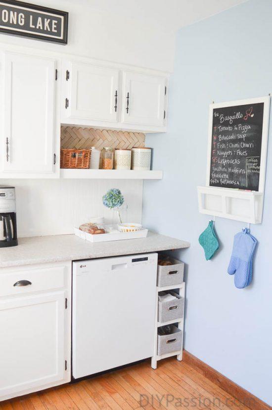 home-tour-kitchen-command-centre-diypassion-com