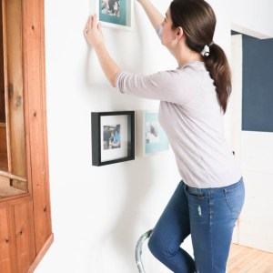 How to Hang an Instagram Picture Wall