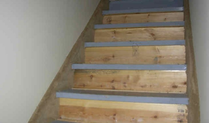 How To Install Carpet On Stairs Diy And Repair Guides   Cutting Carpet For Stairs   Carpet Runner   Wood   Stair Nosing   Landing   Underlay