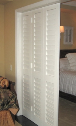 What Are Faux Louvered Doors  Kestrel Shutters  Doors