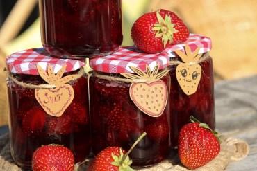 Koka jordgubbssylt