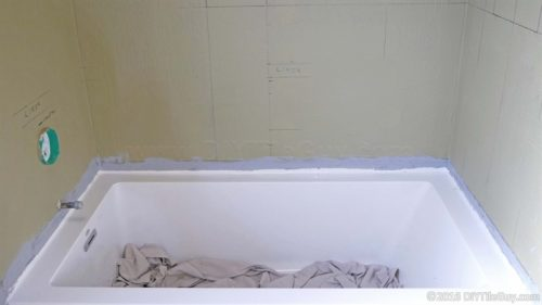 waterproofing a tub flange for tile