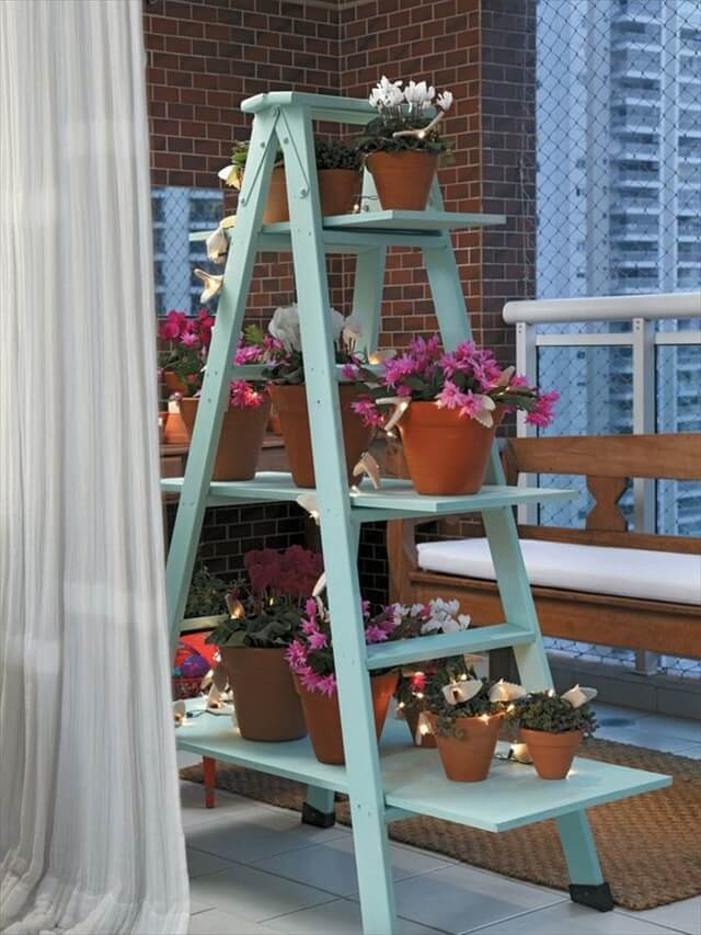 12 Upcycled Ladder Shelves  Display Ideas  DIY to Make