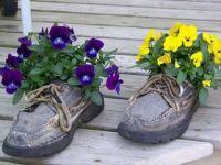 22 DIY Shoes Planter Ideas
