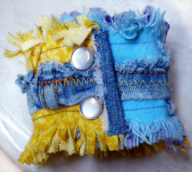 10 DIY Upcycled Fabric Scraps Crafts DIY To Make