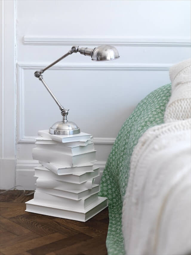 15 DIY Reuse  Recycle Old Books Ideas  DIY to Make