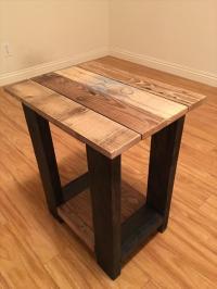 26 DIY Pallet Side Table