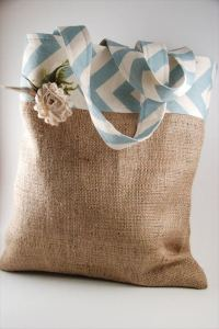 28 DIY Easy Burlap Crafts